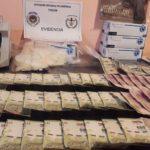 Trelew: Policía del Chubut secuestró marihuana, cocaína y una alta suma de dinero en los barrios Progreso y Primera Junta