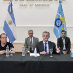 Arcioni confirmó que mañana se depositan los sueldos a todos los agentes del sector de Salud