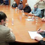 Arcioni firmó acuerdo con el Sindicato de Trabajadores Viales del Chubut