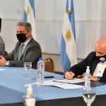 Sastre firmó inicio de obra para la construcción del espacio deportivo «La Bombonerita»